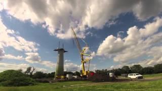 Bau eines Windrades im Zeitraffer