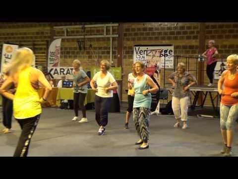 Zumba à Liège – demo Zumba Gold au salon Sport Seniors 2017