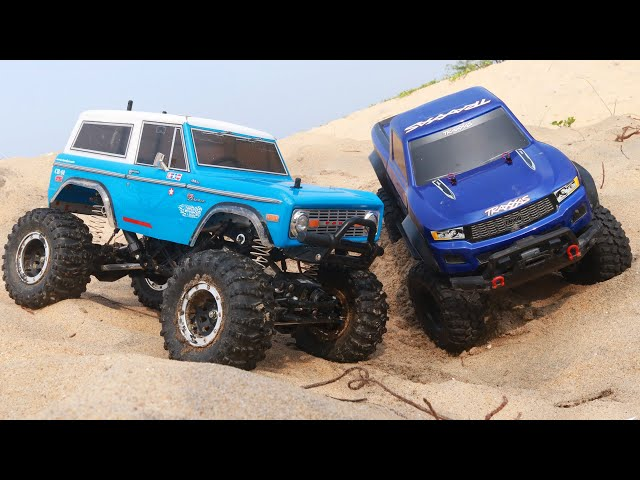RC Cars Sand Adventure Racing - Traxxas TRX4 Sport vs Ford Bronco
