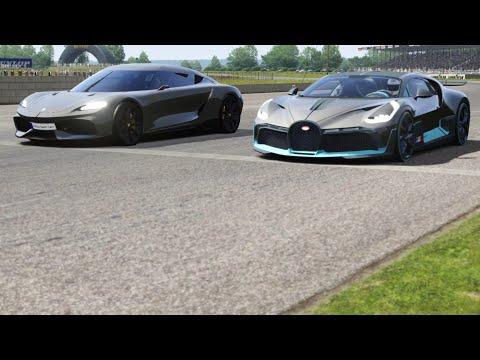 Koenigsegg Gemera vs Bugatti Divo at Silverstone Old