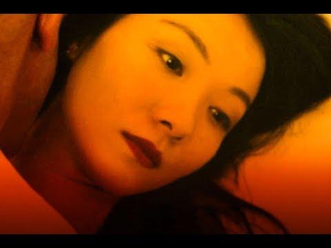 一個外國導演,拍下在巴黎站街的中國女人