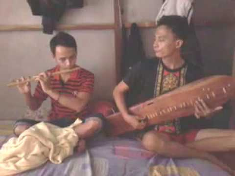 Kolaborasi Musik Sape Dayak  Dan Suling Menyentuh Hati - Ost Leo Sape & Mgl