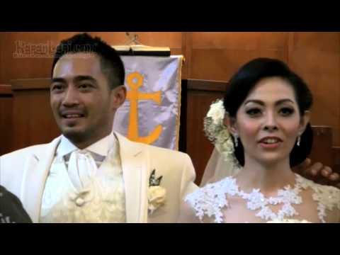 Yama Carlos & Ayu Resmi Menikah, Congrats!