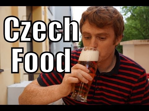EATING CZECH FOOD - Goulash, Fried Cheese & Pilsner Beer in Prague