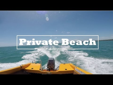 PRIVATE BEACH AND INSANE MILKSHAKES//