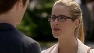 THE FLASH - Barry shows off his speed to Felicity (Episode 4, Season 1) HD thumbnail