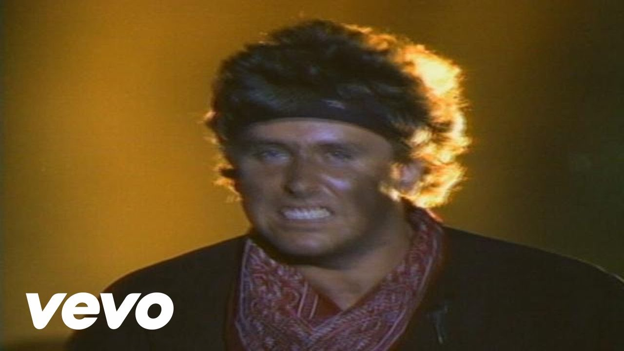 Loverboy - Queen Of The Broken Hearts (Official Video)