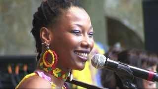 AFH174 - Fatoumata Diawara