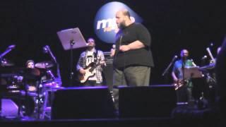Ed Motta - S.O.S. Amor (Palco MPB)  HQ Audio