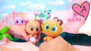 Llevo a los bebés a la piscina y de picnic Muñecas y juguetes con Andre para niñas y niños