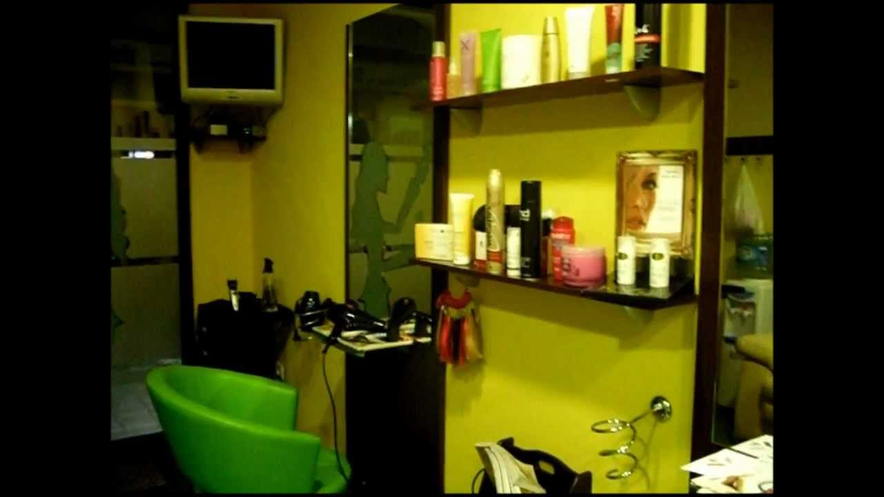 Peluquer a patricia en hell n youtube - Como amueblar una peluqueria ...