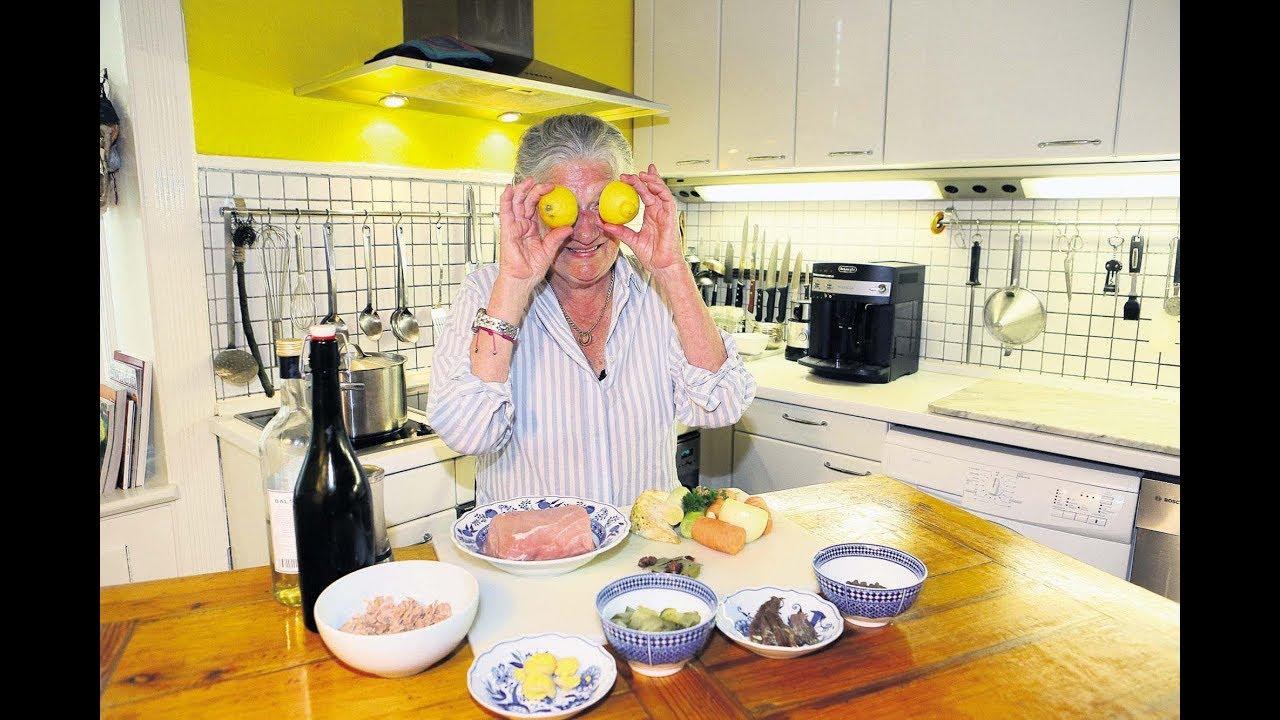 Mit 80 Jahren Monika Fuchs Kocht Bei Youtube Die Konkurrenz Ab