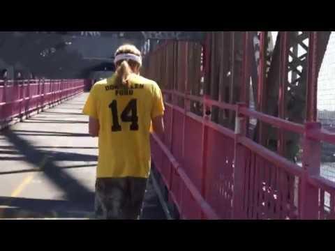 walking across the Williamsburg Bridge