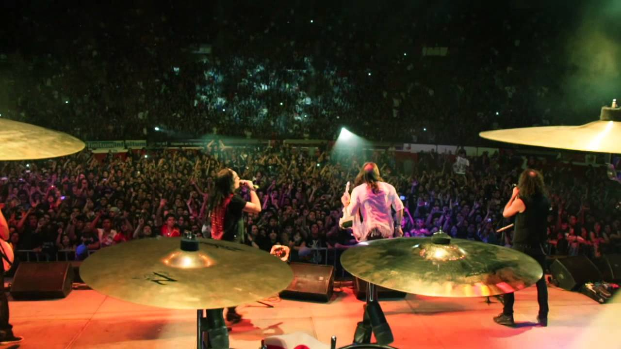 El Libro De Las Sombras. (Videoclip Oficial