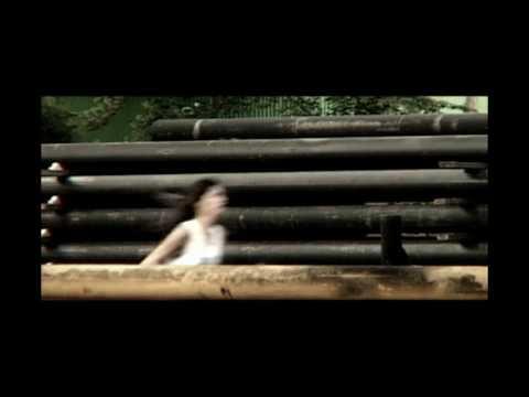 In hurricane rhythm - Melukis dunia  (official video) HD