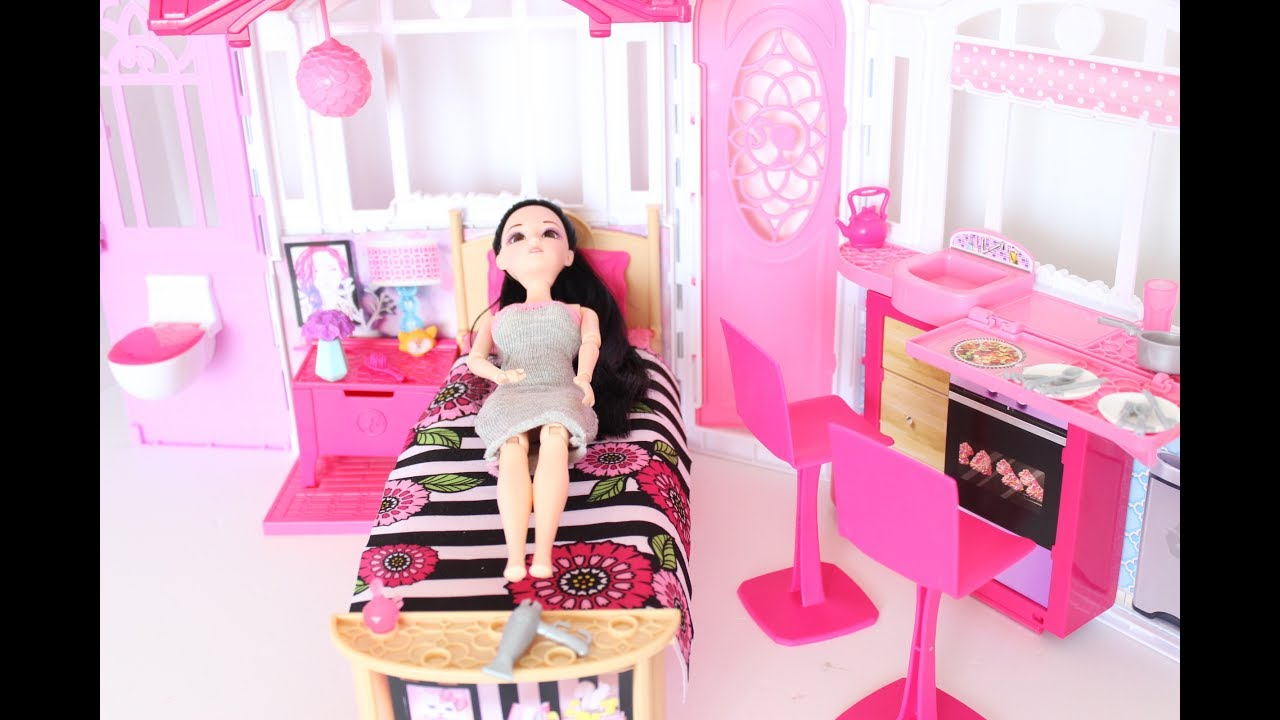 barbie bedroom le montage dune chambre de barbie lit cuisine toilet et placard - Cuisine Barbie