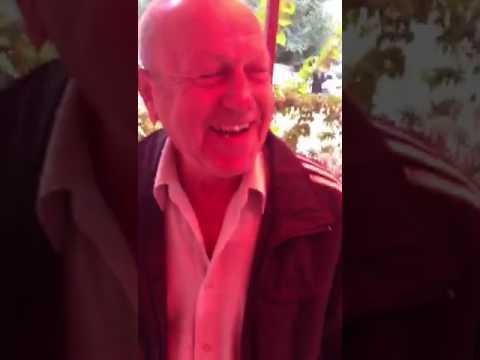 Весёлый дед Миша травит байки