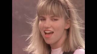 Watch Debbie Gibson Staying Together video