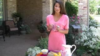 How To Make Mason Jar Lemonade
