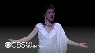 Opera singer, who received two double lung transplants, dies at 35