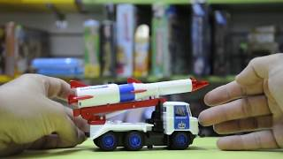 Игрушка грузовик ГАЗ 66 с ракетой Космос-5