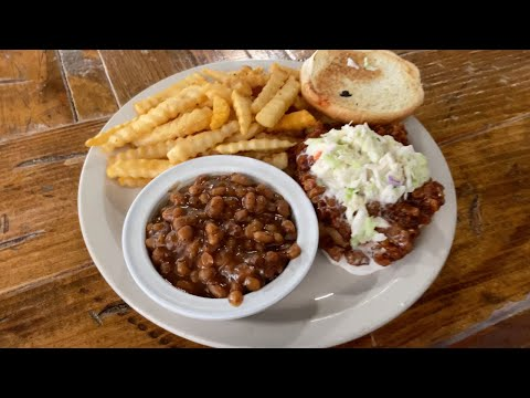 Vegan Food in Memphis. Vegan BBQ SAY WHAT? VLOG #1452