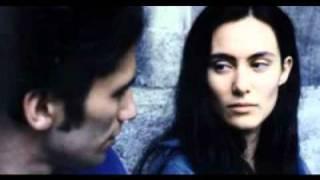 Gözlerin - Rumca - Türkçe