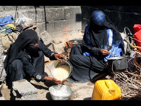 الأمم المتحدة تستأنف توزيع مواد غذائية في الحديدة  - 18:55-2019 / 1 / 15