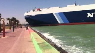 giant ship almost hit shuwaikh beach in kuwait 25 3 2013 سفينة بشاطئ الشويخ
