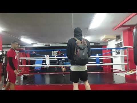 Sparring Alex Pastor vs Mahmud. Jueves 23.11