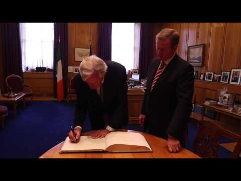 Taoiseach welcomes Michel Barnier to Government Buildings