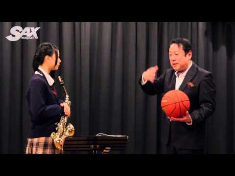 サックス・マガジン連載記事「古畑奈和[SKE48/AKB48]の目指せ! サックス次世代エース」の取材シーンを公開。今回は「いつか王子様が」を課...