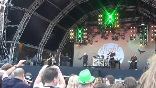 UB40 many rivers to cross live night at the park