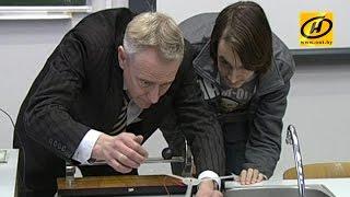 Необычный учитель физики в белорусской школе