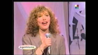 Скачать AVE MARIA Interpretacion De GINA MARIA HIDALGO Y CACHO TIRAO Alla Por 1999