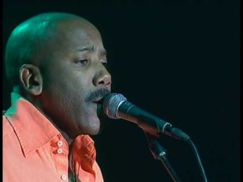 Live In Cape Town (2005)