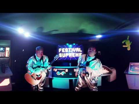 AXS Premiere: Tenacious D in 360° for Festival Supreme