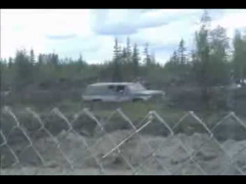 North Pole Mud Drags 1.wmv