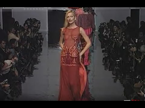 Christian dior aw 1995 1996 paris 7 of 9 pret a porter woman by fashion channel youtube - Watch pret a porter online ...