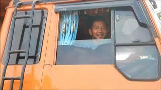 Gambar cover inilah sopir truck dimana mana dapet keluarga baru