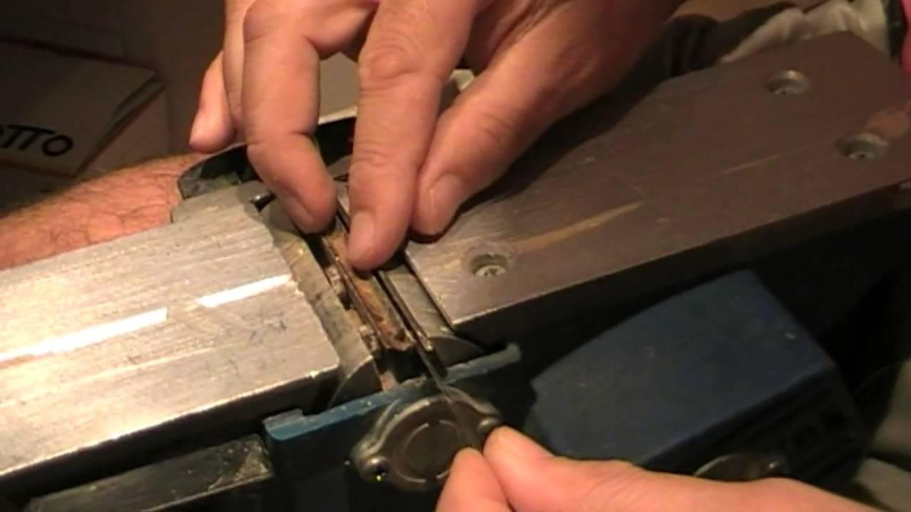 Como se cambian las cuchillas de un cepillo eléctrico. - YouTube 6d2c6eeefd62