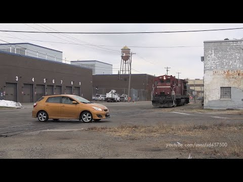 Street Running And Rough Track On The Minnesota Commercial