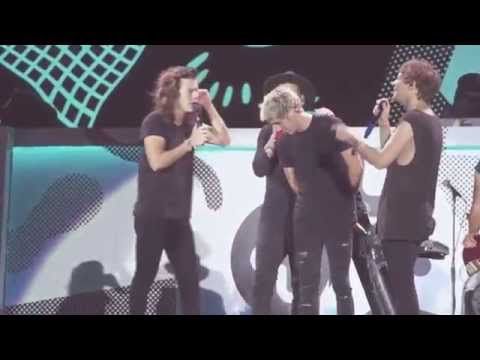 The boys sing Happy Birthday to Niall (group hug) - Harry imitates the Mums