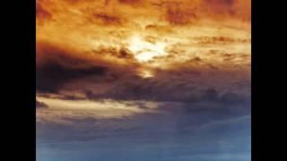 Baixar Deus Irregular - En los Cielos/Himno a la Lluvia de Fuego (Single)