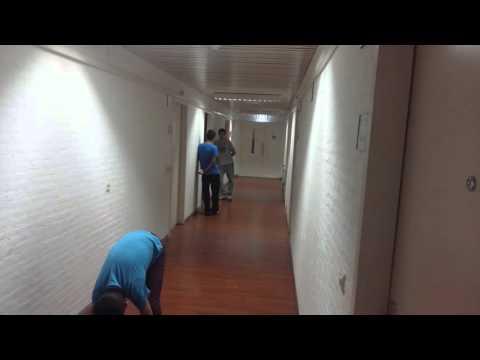 Smack cam AZC Tilburg holland
