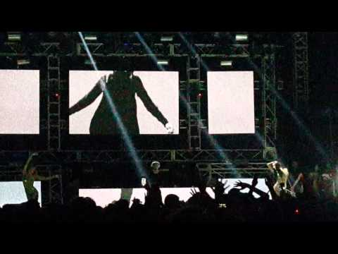 Alesso - Tear The Roof Up @ Ultra Bali 2015