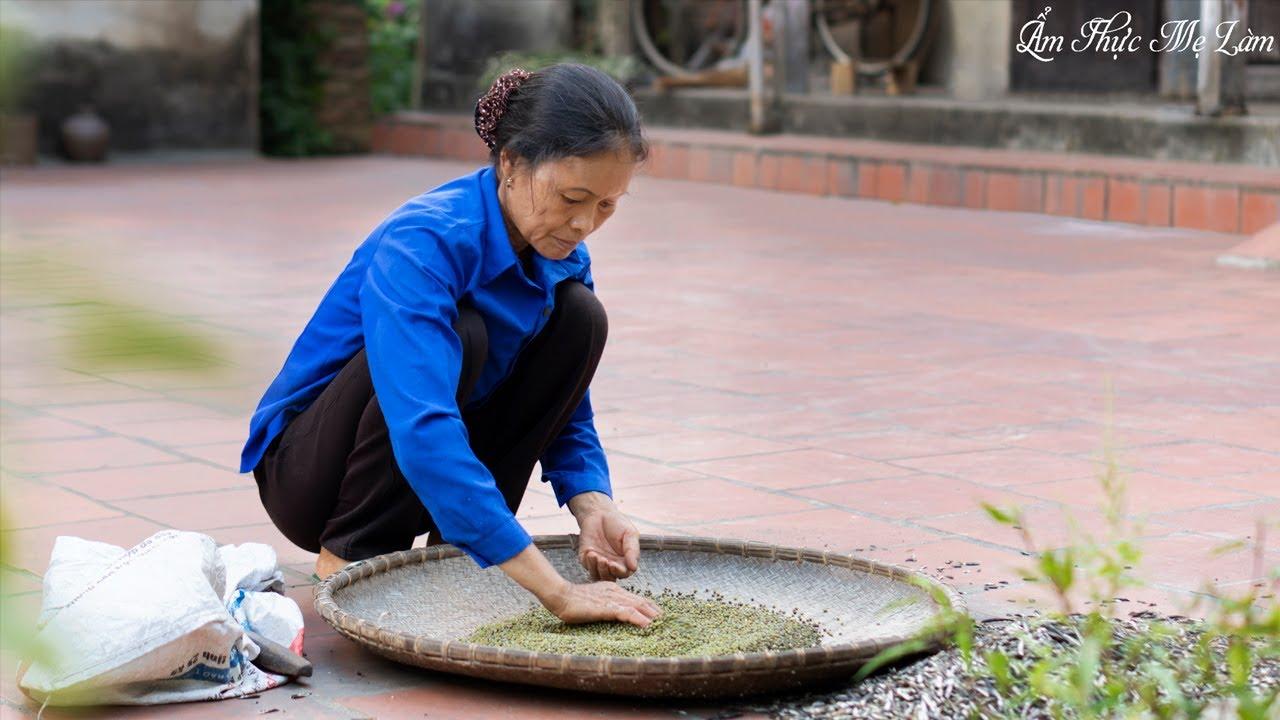 Làm giá đỗ truyền thống bằng lá tre ( Making Traditional Bean Sprouts ) I Ẩm Thực Mẹ Làm