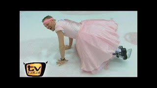 Raab verletzt sich - Raab in Gefahr: Eiskunstlauf - TV total classic