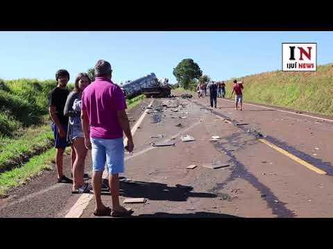 Colisão entre caminhões e motocicleta causa morte na ERS-342, em Catuípe