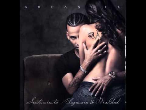 Arcangel - Sola (feat. De La Ghetto)